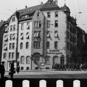 Der Rosenbergplatz in Stuttgart 1942